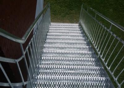 Escalier extérieur - 879 chemin royal st-pierre  | Métal Gilles Allard inc.