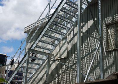 escalier droit de côté Québec | Metal Gilles Allard inc.