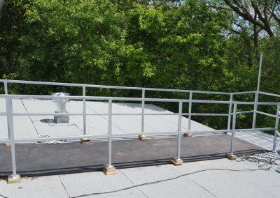 escalier droit avec tapis à Québec |Metal Gilles Allard inc.