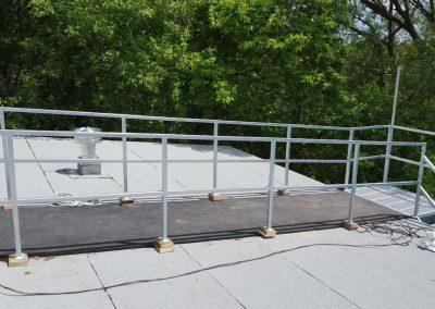 escalier droit avec tapis Québec |Metal Gilles Allard inc.