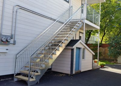 escalier droit sur la rue Morand | Metal Gille Allard