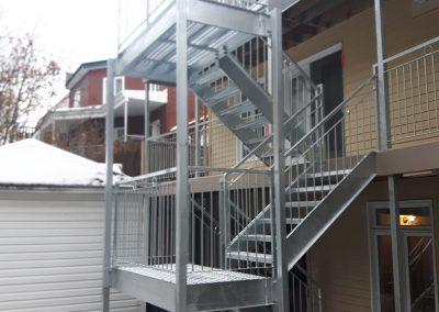 Fabriquant de cage d'escalier métalic extérieur Québec - Métal Gilles Allard